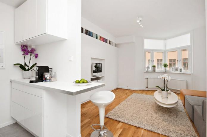 Интерьер белой квартиры 24 кв. метра