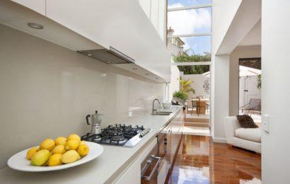 Расширение пространства квартиры за счёт террасы на заднем дворе