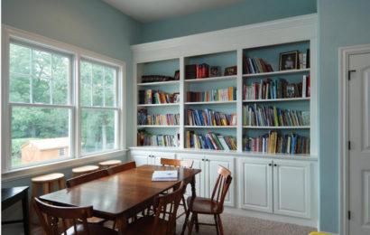 Книжные шкафы и стеллажи в интерьере — 78 фото