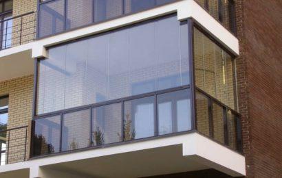 Остекление балкона: преимущества, виды