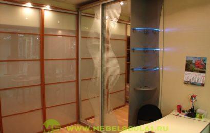 Шкафы-купе для офисных кабинетов