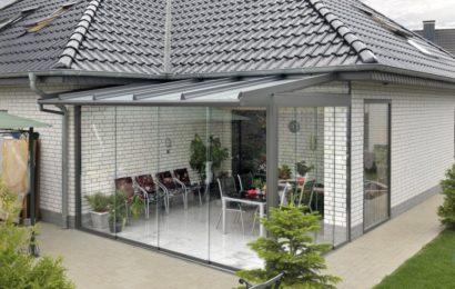 Украсим дом стеклянными навесами