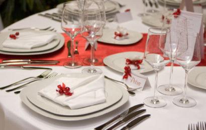 Новогодний стол по фен-шуй: сервировка и оформление