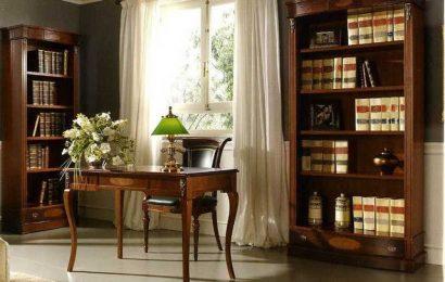 Что выбрать: полноценный большой шкаф или стеллаж для домашнего кабинета?