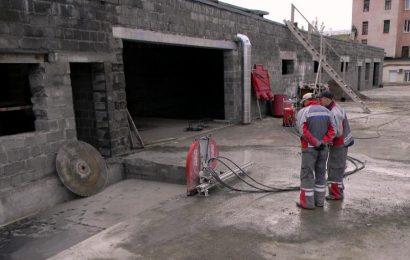Алмазная резка при демонтаже зданий