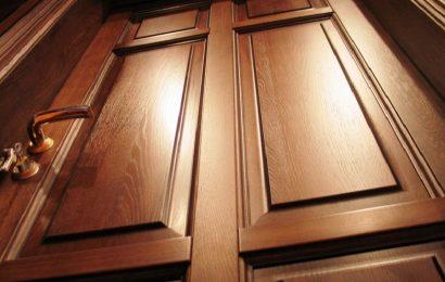 Межкомнатные двери из массива: почему дерево — лучший материал для дверей?