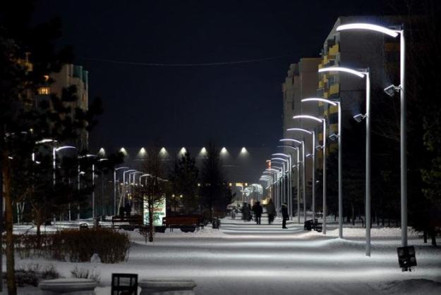 Опоры уличного освещения металлические: особенности