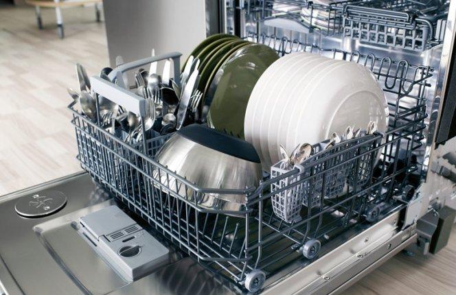 Современные посудомоечные машины — помощницы по дому