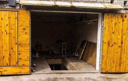 Как утеплить гаражные ворота?