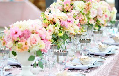 Флористика – как цветами украсить свадьбу и какие подходят для церемонии?